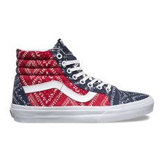 Ditsy Bandana SK8-Hi Reissue ($65) ❤ liked on Polyvore featuring shoes, sneakers, cap toe shoes, hi tops, vans shoes, high top sneakers and bandana print shoes