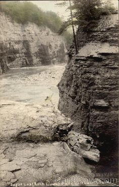 Sugar Loaf Rock, Lower Falls Letchworth State Park New York Letchworth State Park, Photo Postcards, Hudson Valley, State Parks, Vintage Photos, Beautiful Places, New York, Sugar, Rock