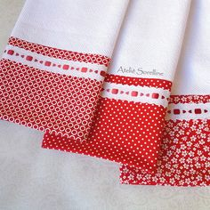 Dish Towel Crafts, Dish Towels, Tea Towels, Luxury Bedspreads, Bazaar Ideas, Diy Sewing Projects, Patch Quilt, Kitchen Towels, Baby Design