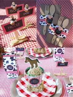 Fun table settings at a barnyard farm animals birthday party!  See more party planning ideas at CatchmyParty.com!