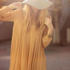 Liz from Late Afternoon blog has some amazing fashion sense to share.