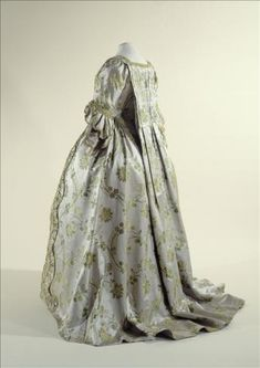 1750-1760 French sack-back gown