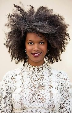 salt and pepper curls.... she looks fabulous!