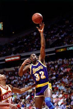 Magic Johnson and it's magic Magic Johnson, Basketball Legends, Sports Basketball, Basketball Players, Atlanta Hawks, Los Angeles Lakers, Showtime Lakers, James Worthy, Jordan Quotes