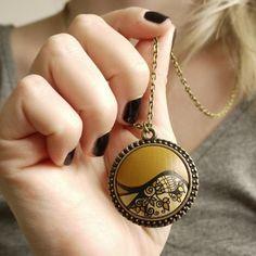 "12 Likes, 1 Comments - Handmade Jewelry Kvičke Kvačke (@kvickekvacke) on Instagram: ""Golden honey #handpainted #lacepattern #unique #uniquejewelry #ecojewelry #necklace #honey…"""