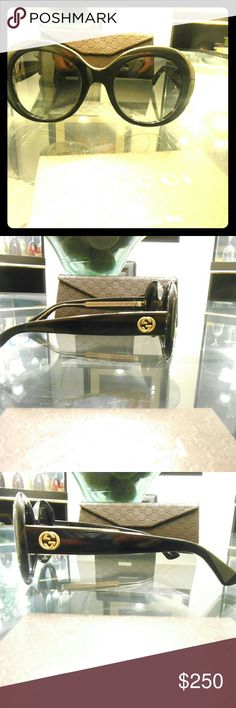 New Womens Authentic Gucci Sunglasses !!New Black 3815/S Womens Gucci Sunglasses  ?Size 51-22-140  %100 Authentic  ?100% UV protection  ?Frame Color: Black Crystal Comes with original Gucci Case & Cloth  ?Free & Free Usps Priority Shipping  We Take Pride in Our Service  These Glasses is Perfect for The Club. Accessories Sunglasses