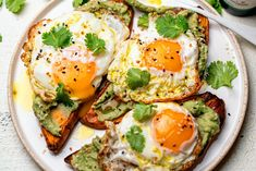 Whether you're a big breakfast person or not, everyone enjoys something warm and comforting in the morning, right? From Primal pancakes to frittatas, we've got 10 delicious ideas for those& Sweet Potato Slices, Sweet Potato Toast, Whole 30 Recipes, Whole Food Recipes, Healthy Recipes, Keto Recipes, Paleo Meals, Keto Meal, Healthy Meals