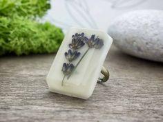 Levendula mindenestül műgyanta gyűrű Soap, Accessories, Jewelry, Jewlery, Jewerly, Schmuck, Jewels, Jewelery, Bar Soap