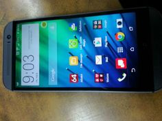 "Vendo magnífico celular HTC One M8 $225 Poco Neg. Procesador Quadcore de 2.5GHZ, RAM de 2GB, Almacenamiento de 32GB expandible a 128GB con microSD, pantalla de 5"" Cam de 5MP y 4MP, liberado ..."