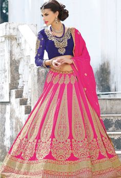 Engaging zari work of lehenga choli designs that is inspired from celebrity wedding dresses in ongoing mod fashion. This marriage couture of 2016 is considered as best apparel for modern bride to wear at reception parties. Lehenga Choli Online, Bridal Lehenga Choli, Hindus, Indiana, Celebrity Wedding Dresses, Wedding Outfits, Choli Designs, Lehenga Designs, Party Wear Lehenga