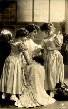 Knitting lessons ..