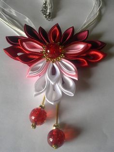 pretty kanzashi necklace