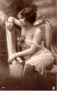Beautiful Vintage Photo ~ I love her hair ~ her gown ~ the chair