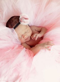 Newborn pic ideas / . on we heart it / visual bookmark #17362281