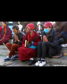 📍Winter in Lhasa, TIBET (Jan 2017) #TibetanBuddhism #TibetanNuns #TibetanMen #TibetanWomen ༜~࿂~༜~࿂~༜~࿂~༜~࿂~༜~࿂~༜~࿂ #TibetanPortraits #Phayul #Tibet #Tibetan #Kham #UTsang #Amdo #Lhasa #Barkhor #Potala ༜~࿂~༜~࿂~༜~࿂~༜~࿂~༜~࿂~༜~࿂ Photography by ©Ellen Ebens ༜~࿂~༜~࿂~༜~࿂~༜~࿂~༜~࿂~༜~࿂ ☀️🐚 #DalaiLama  #Himalaya #IGTibet_Family #Lonely_Planet #Xizang #Qinghai #Sichuan #Gansu #People_Infinity #Globe_People #Earth_Portraits #Portrait_Shots #ThePhotoSociety #Faith #Prayers #Native