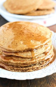 Gingerbread pancakes -- Low FODMAP Recipe and Gluten Free Recipe #lowfodmaprecipe #glutenfreerecipe #lowfodmap #glutenfree http://www.ibs-health.com/low_fodmap_gingerbread_pancakes1211.html