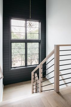 Interior Stair Railing, Modern Stair Railing, Stair Railing Design, Staircase Railings, Modern Stairs Design, Staircases, Stair Case Railing Ideas, Indoor Stair Railing, Black Staircase