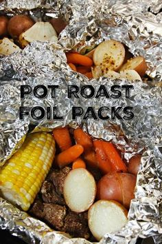 Foil Packs Pot Roast Foil Packs - a delicious summertime meal in the oven or on the grill!Pot Roast Foil Packs - a delicious summertime meal in the oven or on the grill! Tin Foil Dinners, Foil Packet Dinners, Foil Pack Meals, Foil Packets, Carne Asada, Tamales, Hobo Meals, Grilling Recipes, Cooking Recipes