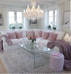 39 Beautiful Romantic Living Room Decor Ideas - Living-room is the most important and most spacious room at home, it welcomes guests, it reflects our way of life, so it should be exclusively maintai. Romantic Living Room, Glam Living Room, Living Room Decor Cozy, Home And Living, Living Room Furniture, Modern Living, Fancy Living Rooms, Modern Furniture, Cozy Living