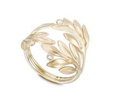 Anel de ouro amarelo 18K com diamantes - Coleção Louros da Vitória Link:http://www.hstern.com.br/joias/p-produto/A2B205247/anel/louros-da-vitoria/anel-de-ouro-amarelo-18k-com-diamantes---colecao-louros-da-vitoria