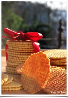 Positive and crispy pancakes Biscuit Cookies, Biscuit Recipe, Dessert Aux Fruits, Cookie Press, Food Tags, Galletas Cookies, Cake & Co, Galette, Fun Desserts