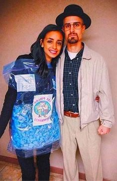 Walter White Blue Game Of Thrones - Bourke Bains Walter White Costume, White Costumes, Quotes White, White Aesthetic, Couple Halloween Costumes, American Horror, Style Inspiration, Couples, Frases