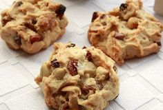 A delicious cookie scattering in the mouth . Delicious Cookie Recipes, Easy Cake Recipes, Yummy Cookies, Construction Cookies, My Favorite Food, Favorite Recipes, Food Articles, Quick Easy Meals, Biscotti