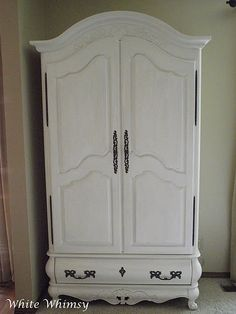 White paint just seems to make every thing look new. I love the clean fresh look of white painted furniture. White Painted Furniture, Chalk Paint Furniture, Antique Furniture, Refinished Furniture, Furniture Ideas, Chest Dresser, Dressers, Armoire Makeover, Light In The Dark