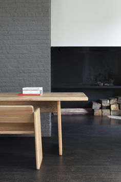 BOARD_COLLECTION_TABLE_INSITU_04.01.jpg
