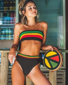 Bralette Pattern, Bikini Pattern, Crochet Clothes, Diy Clothes, African Swimwear, Reggae Style, Rasta Colors, Festival Outfits, Bikini Fashion