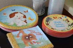 Bookworm Birthday Party: Golden Book party decorations and plates