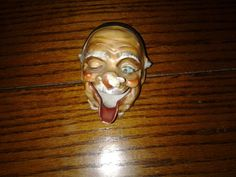 Vintage Old Man w/ Bee On Nose Ashtray Smoke comes out nose Made in Japan