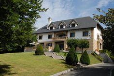 Palacio Pagaldegarai en Oiartzun | #SanSebastian Terrace Garden, Terraces, Fun Drinks, Gardens, Mansions, House Styles, Amazing, Home Decor, Palaces