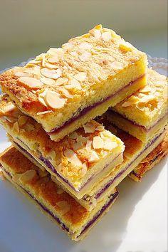 Tray Bake Recipes, Tart Recipes, Brownie Recipes, Sweet Recipes, Baking Recipes, Cookie Recipes, Dessert Recipes, Desserts, Bakewell Traybake