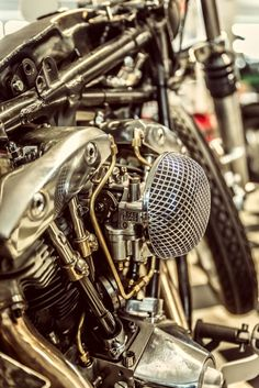 S&S carburater on a Harley shovel head