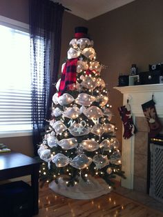 my version of a snowman christmas treecomplete with a vintage christys of london 1912 top hat