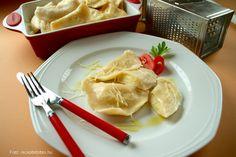 Lengyel krumplis sajtos pirog – Receptletöltés Bors, Pizza, Tableware, Dinnerware, Dishes
