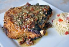 Sun-dried Tomato Crusted Pork Chops - Juicy pork w/ a tangy breading and a bright sauce Pork Bacon, Baked Pork, Tomato Bread, Juicy Pork Chops, Pork Chop Recipes, Pork Meals, Dinner Is Served, Pork Dishes, International Recipes