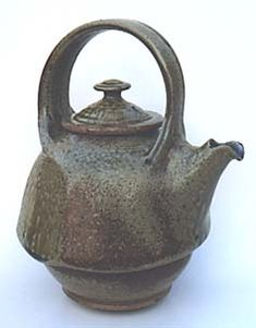 Stoneware teapot  by Steve Irvine (southern Ontario)