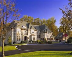 Traditional Home Exterior Luxury Home Design Ideas, Pictures, Remodel and Decor