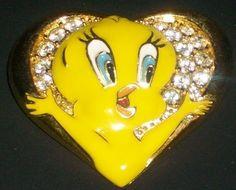 Warner Bros Tweety Bird Enamel Rhinestone Heart Pin Brooch Costume Jewelry