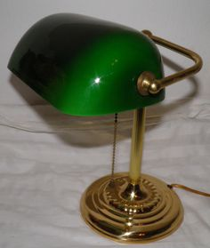 Vintage ART DECO Brass Banker desk Lamp Retro Green Cased Shade Price to Sell