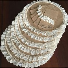 Reserved for Sara Burlap Silverware Holders Flowers and Leaves Cream & Green, Set of 4 Burlap Projects, Sewing Projects, Burlap Crafts, Diy And Crafts, Burlap Silverware Holder, Fillet Crochet, Burlap Table Runners, Crochet Borders, Table Covers