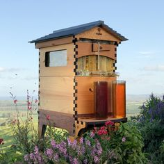 Flow Hive: New Beehive Design Puts Honey on Tap - WebEcoist Hive Stand, New Beehive, Harvesting Honey, Beekeeping For Beginners, Backyard Beekeeping, Western Red Cedar, Bee Keeping, Garden Design, Outdoor Decor
