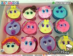 😉 Si lo que buscas son con cupcakes deliciosos y diseños divertidos para tus fiestas, ¡tenemos lo que necesitas! 😍 ¡Haz tus pedidos HOY!✨ 🔵 Cotiza en línea en: 👉 www.facebook.com/yupicakes 👈 o vía WhatsApp al ☎ 5518206511 🔵 ¡ENTREGAMOS EN TODA LA CDMX! 🔵 #Yupicakes #CDMX #Cupcakes #Distroller #Ksimeritos #Neonatos #Berinaiz #Chamoy Cupcakes, Cake Cookies, Hello Kitty, Frozen, Birthday, Party, Desserts, Food, Pastries