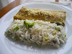 Omelete recheado de queijo Brie e Cogumelos com Arroz Basmati e brócolis ao alho e oléo (1)