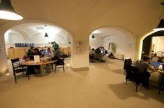 Un'immagine degli spazi interni