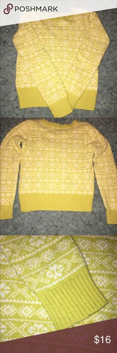 Gap kids girls Gap kids girls size Med(8) vintage looking mustard pull over sweater. No rips or stains or fading GAP Shirts & Tops Sweaters