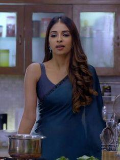 New Fashion : Beautiful Beautiful Girl Indian, Most Beautiful Indian Actress, Beautiful Girl Image, Beautiful Saree, Beautiful Women, Indian Tv Actress, Actress Pics, Indian Beauty Saree, Indian Sarees