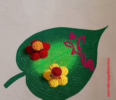 50 Adorable Rangoli Design (ideas) that you can make yourself or get it made during any occasion on the living room or courtyard floors. Easy Rangoli Designs Diwali, Simple Rangoli Designs Images, Rangoli Designs Flower, Free Hand Rangoli Design, Small Rangoli Design, Rangoli Ideas, Colorful Rangoli Designs, Diwali Rangoli, Flower Rangoli